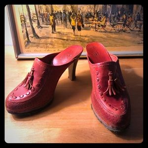 Shoes - Vintage red mules